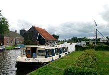 hause boat