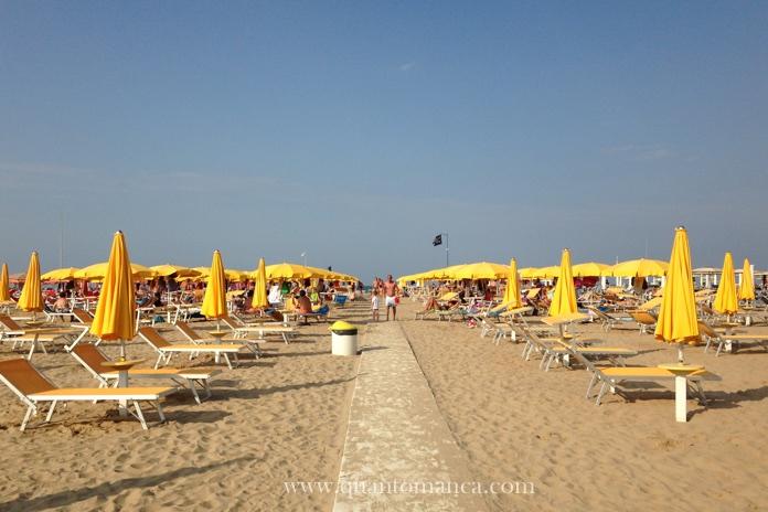 familyhotel-continental-rimini-spiaggia