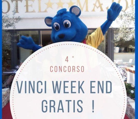 concorso del Family Hotel Major di Pinnarella di Cervia per vincere un weekend al mare in compagnia di dinosauri a grandezza naturale.
