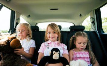 Giochi da fare in auto con i bambini