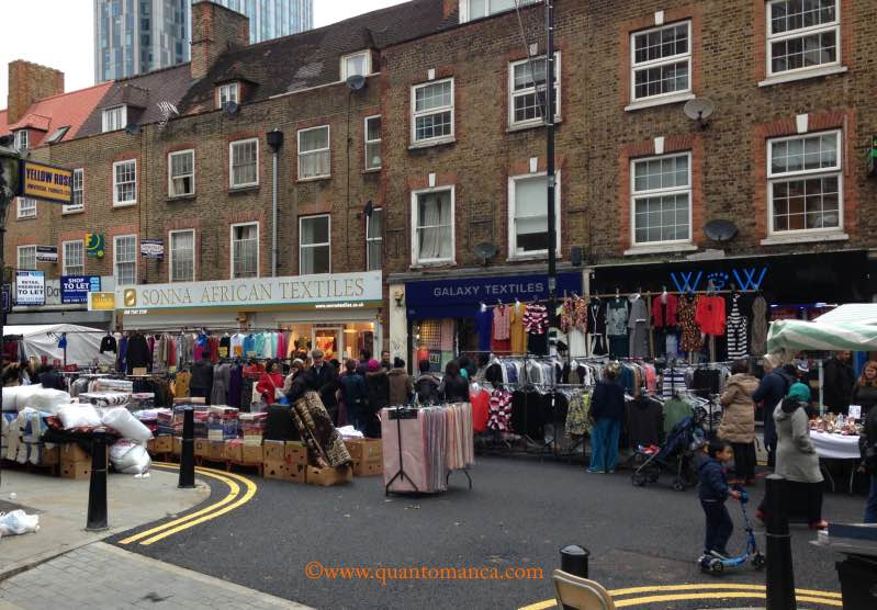 mercato a londra petticot lane