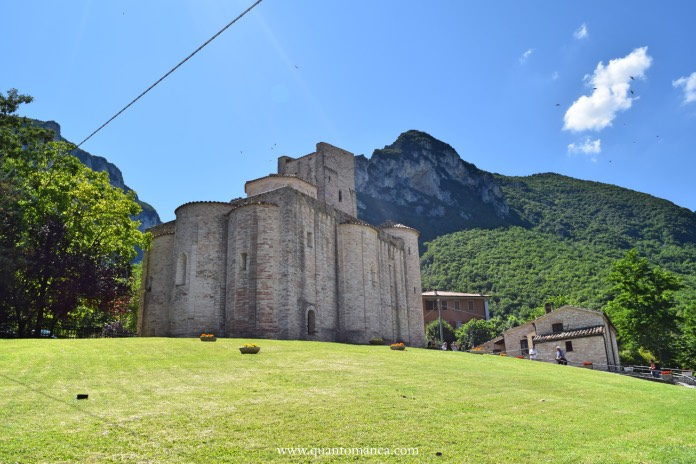 Abbazia di San Vittore alle Chiuse