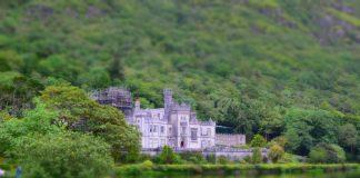 Irlanda vacanze con Bambini - Panoramica di Kylemore Abbey - Quantomanca.com