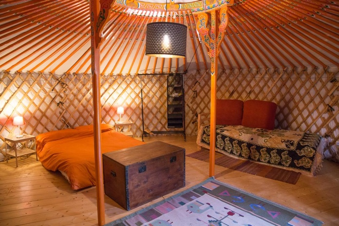 glamping in yurta